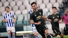 Bruno Fernandes ghi 2 bàn khi Man.United đại thắng Sociedad. Ảnh: Getty Images