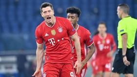 Robert Lewandowski vẫn là nguồn cảm hứng chiến thắng cho Bayern. Ảnh: Getty Images