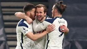 Tottenham ghi chiến thắng thứ 5 liên tiếp trên mọi đấu trường, chạm cột mốc ghi 100 bàn. Ảnh: Getty Images
