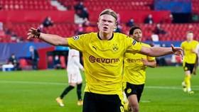Erling Braut Haaland thật sự là cỗ máy ghi bàn mới của Champions League. Ảnh: Getty Images