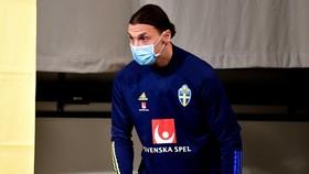 Zlatan Ibrahimovic đã trở lại đội tuyển Thụy Điển sau 4 năm vắng mặt. Ảnh: Reuters