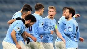 HLV Pep Guardiola mong chờ cầu thủ Man.City chứng tỏ bản lĩnh sẵn sàng chinh phục châu Âu. Ảnh: Getty Images