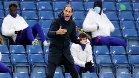 HLV Thomas Tuchel quyết liệt trong chỉ đạo ở bán kết lượt về. Ảnh: Getty Images