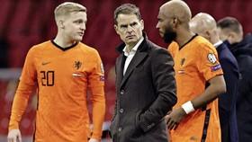 HLV Frank de Boer không gây nhiều bất ngờ khi hoàn thiện đội hình 26 người.