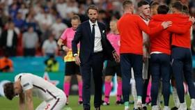 HLV Gareth Southgate nhận trách nhiệm về thất bại.