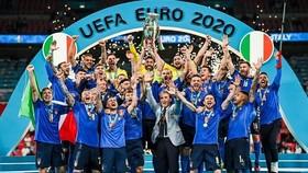 Chức vô địch Euro 2020 thúc đẩy bóng đá Italy.