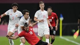 Tây Ban Nha hùng mạnh bất lực trước hàng thủ kiên cố của Ai Cập.