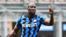 Romelu Lukaku vẫn đang hạnh phúc ở Inter và hoàn toàn tập trung vào mùa giải mới.