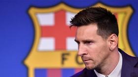 Barcelona và Lionel Messi xem ra không phải muốn dứt là dứt ngay được.