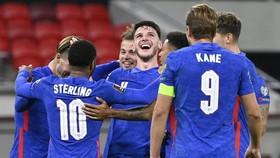 Tuyển Anh dễ dàng giành chiến thắng 4-0 trước chủ nhà Hungary.