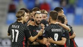 Marcelo Brozovic ghi bàn thắng muộn giúp Croatia thắng tại Slovakia.