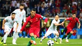Cristiano Ronaldo sút phạt đền chính ở tuyển Bồ Đào Nha chứ không phải Bruno Fernandes.