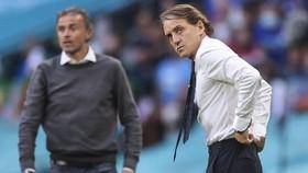 HLV Roberto Mancini sẵn sàng đánh bại đội bóng của Luis Enrique một lần nữa.
