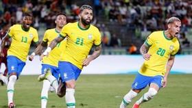 Brazil dù không có ngôi sao Neymar vẫn nối dài mạch toàn thắng lên con số 9