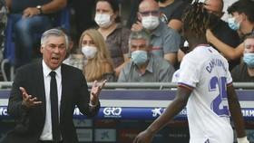 HLV Carlo Ancelotti và Real chưa thể tìm lại cảm giác chiến thắng sau thất bại tại Espanyol.