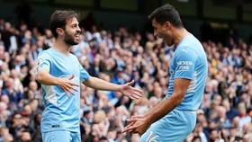 Bernardo Silva và Rodri nhận được đánh giá cao từ HLV Guardiola. Ảnh: Getty Images