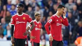 Paul Pogba và Cristiano Ronaldo không giấu được sự thất vọng. Ảnh: Getty Images