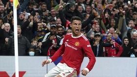 Cristiano Ronaldo ghi bàn thắng muộn để giải cứu Man.United một lần nữa.
