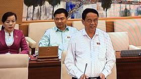 Chủ nhiệm Ủy ban Quốc phòng và An ninh Võ Trọng Việt phát biểu tại phiên họp Tại
