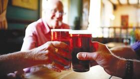 Bia giảm đau hiệu quả hơn paracetamol