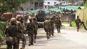 Quân đội Philippines tại Marawi. Ảnh: INQUIRER