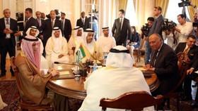 Ngoại trưởng 4 nước Arab tại cuộc họp về vấn đề Qatar ở Cairo, Ai Cập ngày 5-7. Ảnh: EPA/TTXVN