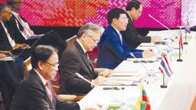 Phó Thủ tướng, Bộ trưởng Bộ Ngoại giao Phạm Bình Minh dự Hội nghị AMM 50 tại Manila, Philippines