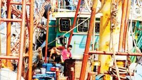 Tàu vỏ thép đóng mới theo Nghị định 67 tại Bình Định bị hư hỏng