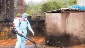 Khởi tố kẻ đánh nhân viên phun thuốc diệt muỗi SXH