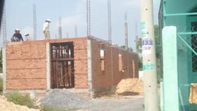 Một công trình vi phạm xây dựng ở huyện Hóc Môn (TPHCM). Ảnh: L. PHONG