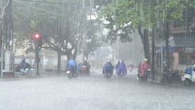 Cảnh báo mưa dông diện rộng ở vùng núi Bắc bộ