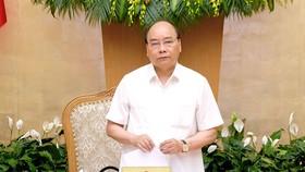 Thủ tướng Nguyễn Xuân Phúc chủ trì phiên họp Chính phủ thường kỳ tháng 6. Ảnh: VGP