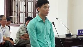 Bị cáo Hoàng Công Lương tại tòa. Ảnh: TTXVN