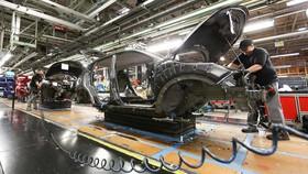 """Ngành công nghiệp ô tô châu Âu sợ Brexit """"cứng"""""""
