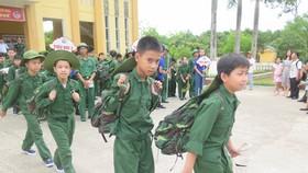 """Bồi dưỡng lòng yêu nước qua """"Học kỳ trong quân đội"""""""