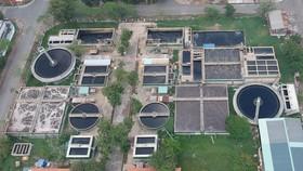 Khu xử lý nước thải tập trung tại Khu công nghiệp Lê Minh Xuân (huyện Bình Chánh). Ảnh: CAO THĂNG