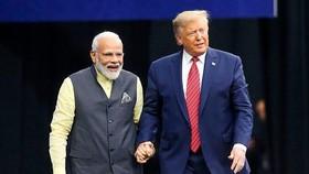 Thủ tướng Ấn Độ Narendra Modi và Tổng thống Mỹ Donald Trump. Ảnh: BBC