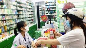 Tình trạng mua bán thuốc tràn lan giữa mùa dịch Covid-19 tiềm ẩn nhiều nguy cơ