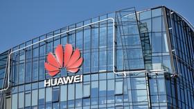 Tập đoàn công nghệ Huawei được cho là do quân đội Trung Quốc đứng sau Ảnh: CPO MAGAZINE