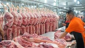 Trung Quốc tạm dừng nhập khẩu thịt từ nhiều nước