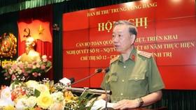 Đại tướng Tô Lâm, Ủy viên Bộ Chính trị, Bộ trưởng Bộ Công an phát biểu tại hội nghị. Ảnh: TTXVN