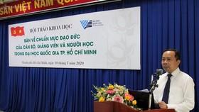 PGS-TS Vũ Hải Quân, Phó Giám đốc ĐH Quốc gia TPHCM phát biểu khai mạc hội thảo
