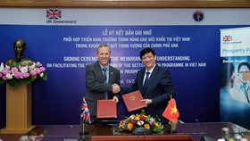 Bộ Y tế Việt Nam và Bộ Ngoại giao Anh ký kết Chương trình Nâng cao Sức khỏe. Nguồn: VOH