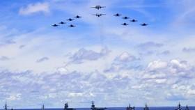 Tàu HMAS Canberra, Hobart, Stuart, Arunta và Sirus tham gia cuộc tập trận với Mỹ và Nhật Bản ở biển Philippine. Nguồn: The Australia