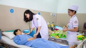 Chuyển đổi cơ sở y tế quận huyện về Sở Y tế quản lý