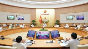 Hội nghị trực tuyến với các Ban Chỉ đạo xây dựng CPĐT bộ ngành và Ban Chỉ đạo xây dựng chính quyền điện tử 63 tỉnh, thành phố dưới sự chủ trì của Thủ tướng Nguyễn Xuân Phúc. Ảnh: VGP
