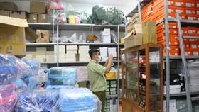 Phát hiện kho chứa hàng chục ngàn sản phẩm không rõ nguồn gốc