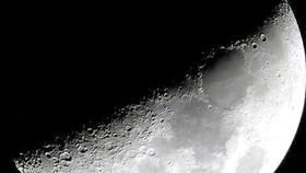 NASA tìm công ty hợp tác khai thác Mặt Trăng