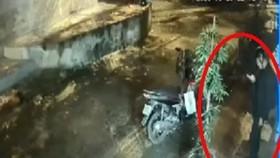 Tước quân tịch cán bộ công an làm súng cướp cò khiến nam sinh tử vong