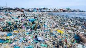 Tập trung giải pháp giảm thiểu rác thải nhựa